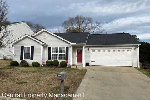 Photo of 507 Hamilton Chase Dr, Moore, SC 29369