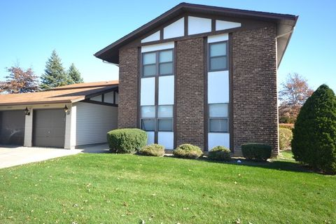 19203 Elm Dr Unit 142, Country Club Hills, IL 60478