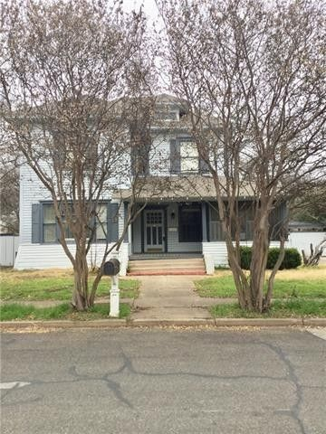 514 Featherston St, Cleburne, TX 76033