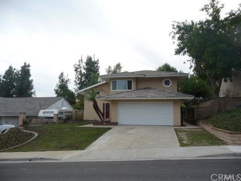 25 Edgebrook Dr, Phillips Ranch, CA 91766