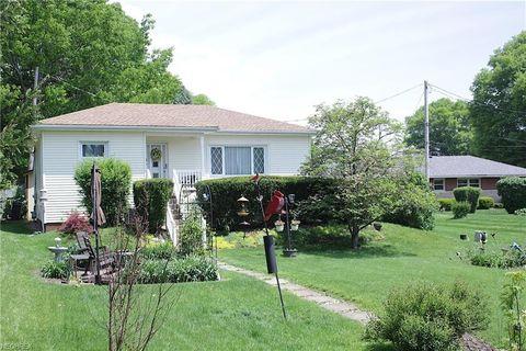 708 Spring St, Tiltonsville, OH 43963
