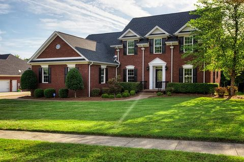 Henderson, KY 5-Bedroom Homes for Sale - realtor.com®