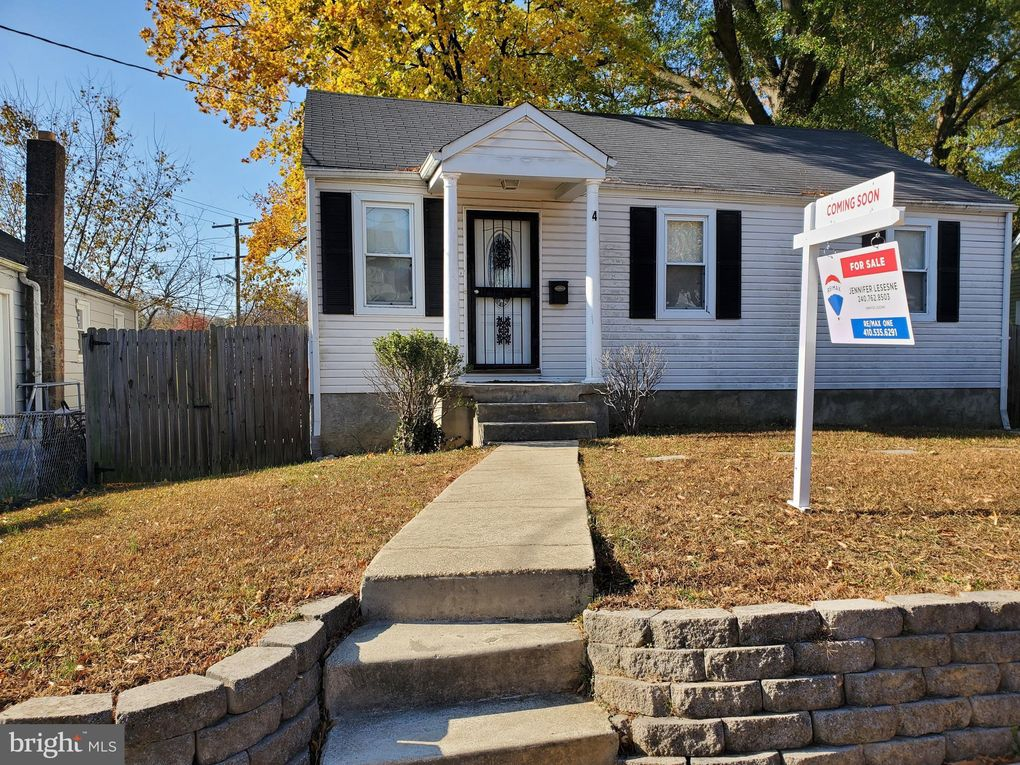 4 Vale Pl Capitol Heights, MD 20743