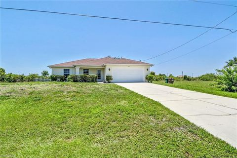 Photo of 420 Nw 31st Ave, Cape Coral, FL 33993