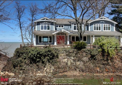 Photo of 22158 Lake Rd, Rocky River, OH 44116