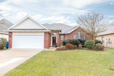 Photo of 2115 Rosewood St, Beaumont, TX 77713