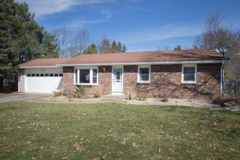 1119 Bacon Ave, Portage, MI 49002