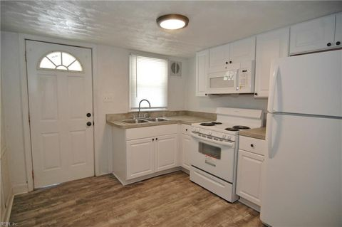 Photo of 200 Bute St Apt 6, Suffolk, VA 23434