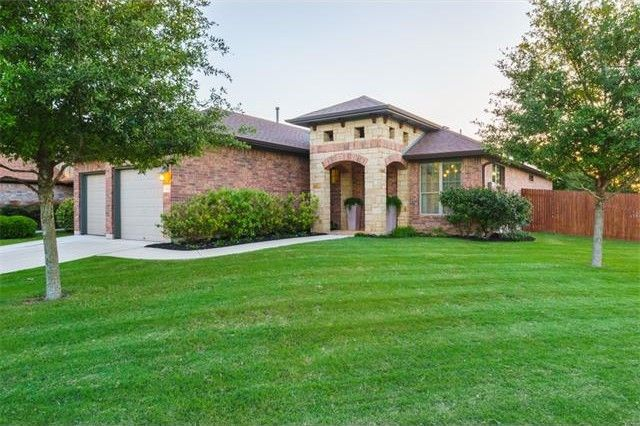 102 Farm House Rd, San Marcos, TX 78666
