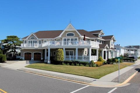 With Waterfront Homes For Sale In Avalon Nj Realtor Com