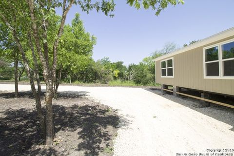 Photo of 234 County Road 5720, Castroville, TX 78009