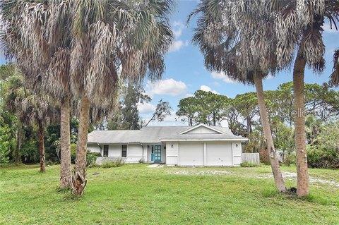 125 Palm Ave, Nokomis, FL 34275