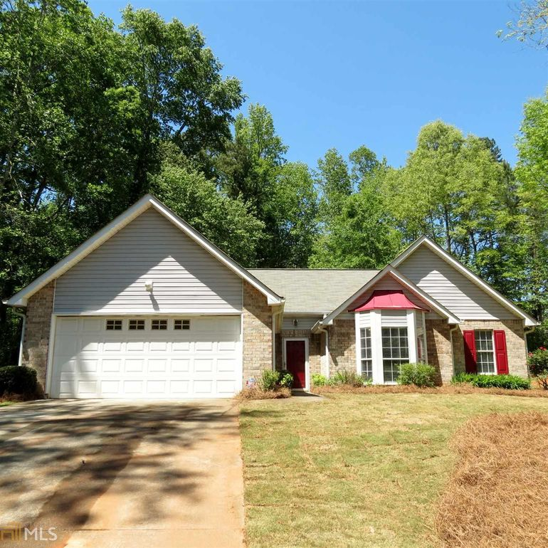 205 Honda Ct Stockbridge, GA 30281