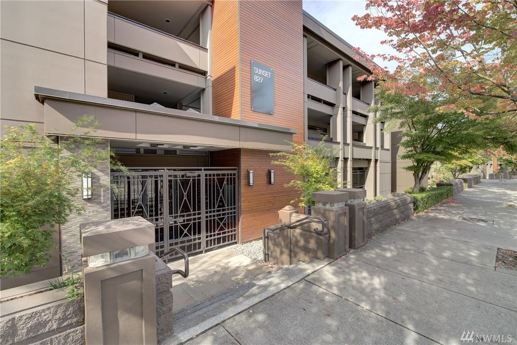 827 Lake St S Unit 104, Kirkland, WA 98033