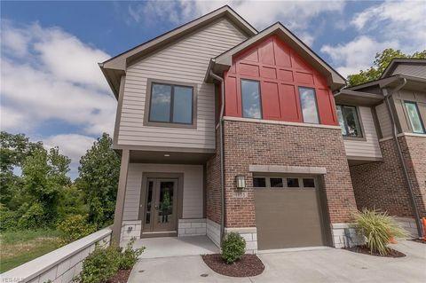 Cool 44118 New Homes For Sale Realtor Com Interior Design Ideas Philsoteloinfo