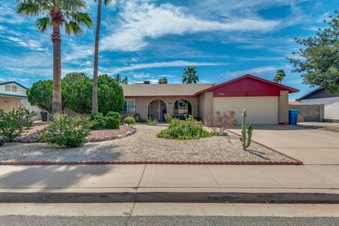 Photo of 4715 W Sweetwater Ave, Glendale, AZ 85304