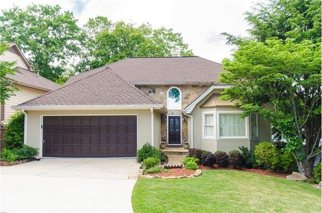 10130 kinross rd roswell ga 30076 home for sale and