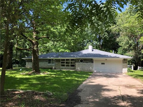 Photo of 4250 Sunrise Rd, Indianapolis, IN 46228