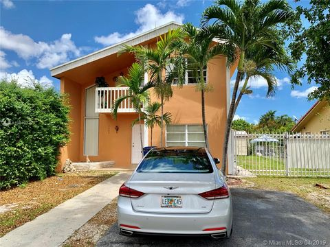 Photo Of 1305 Sw 104 Unit 611 Miami Fl 33174