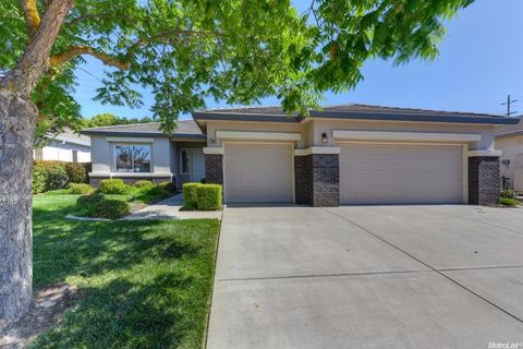 Elk Grove Ca Houses For Sale With Swimming Pool