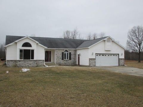 Photo of 3175 Rosewood Blvd, Knox, IN 46534