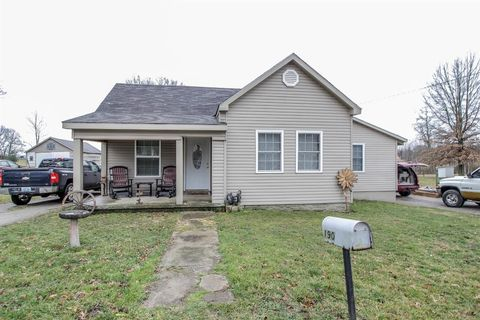 Photo of 190 Shawhan Rd, Paris, KY 40361