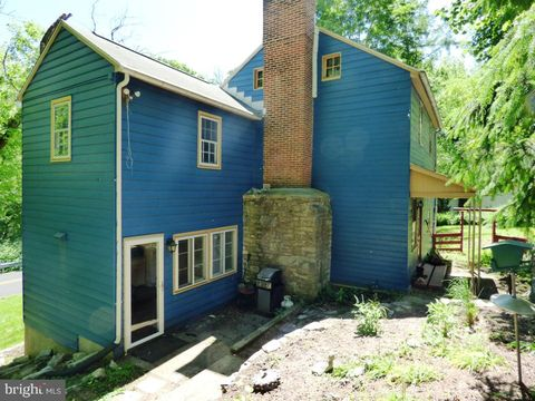 Photo of 15 Green Lane Dr, Camp Hill, PA 17011