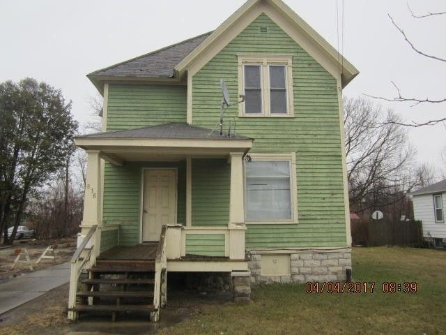 816 Wells St, Marinette, WI 54143