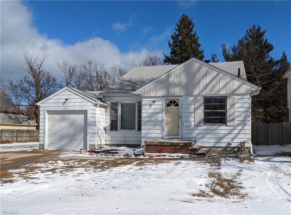 141 Lakewood Dr Avon Lake, OH 44012