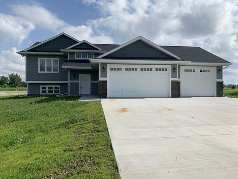 Photo of 100 Augusta Dr, Arlington, SD 57212