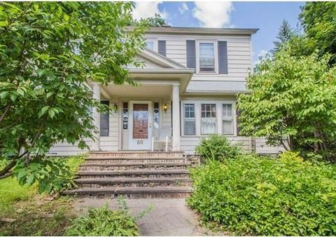 60 Flagg St, Worcester, MA 01602