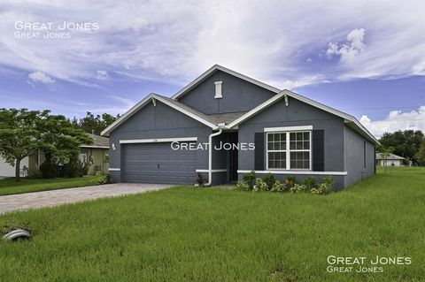 Photo of 630 Se 10th Pl, Cape Coral, FL 33990