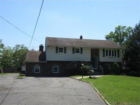 73 Orris Ave, Piscataway, NJ 08854