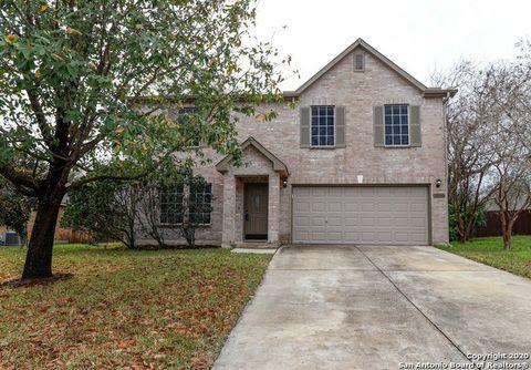 Photo of 2058 Castleberry Rdg, New Braunfels, TX 78130