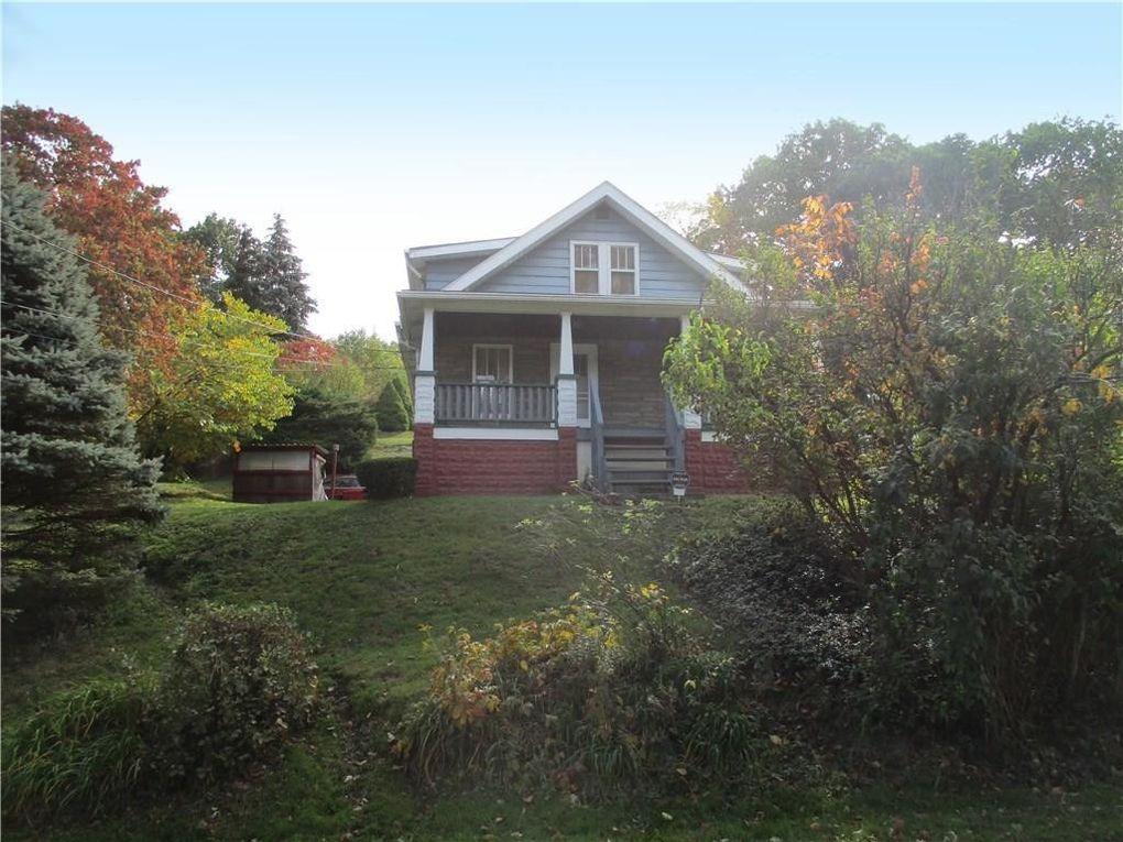 16 Woodland Rd Ambridge, PA 15003