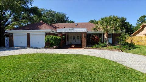 Photo of 8639 Maidstone Ct, Seminole, FL 33777