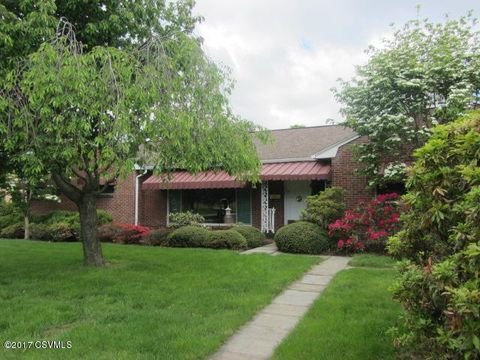 Photo of 247 W 12th St, Bloomsburg, PA 17815