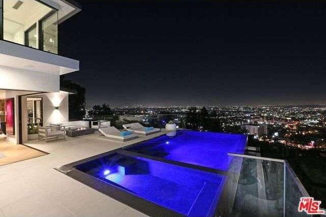 8931 St Ives Dr Los Angeles Ca 90069 Realtorcom - Hollywood-hills-architectural-masterpiece