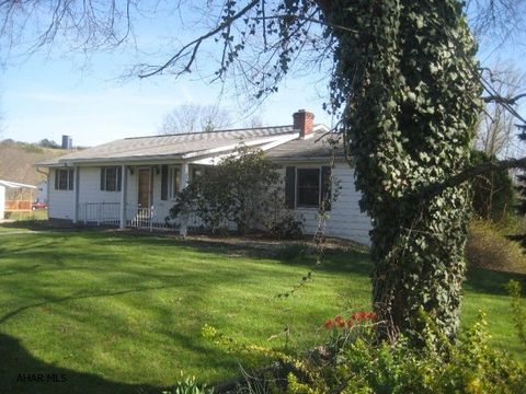 245 Stoneycreek Rd, Fishertown, PA 15539