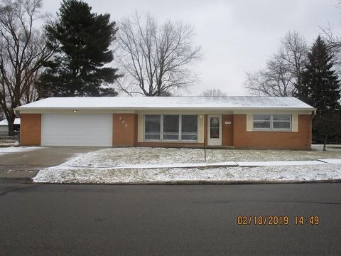 Photo of 135 Shaftsbury Dr, Troy, OH 45373