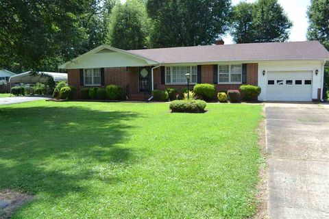 Photo of 120 Cannon St, Atwood, TN 38220