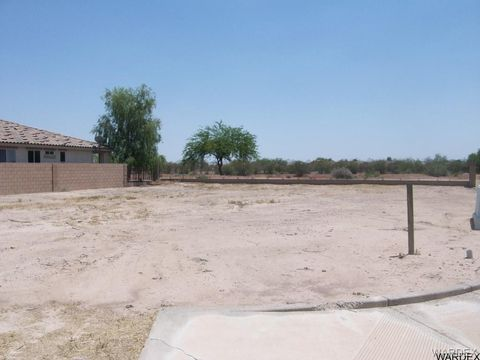 Photo of 10 Cypress Point Dr N, Mohave Valley, AZ 86440