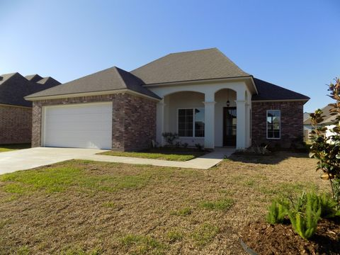 Photo of 213 Windy Feather Dr, Broussard, LA 70518