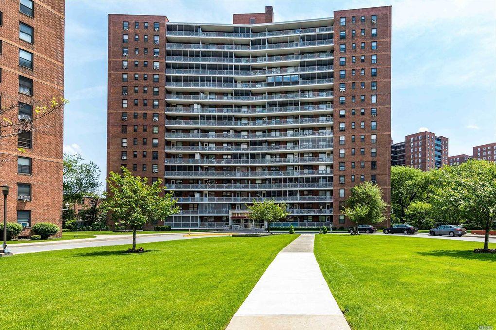 61-45 98th St Unit 11C Rego Park, NY 11374