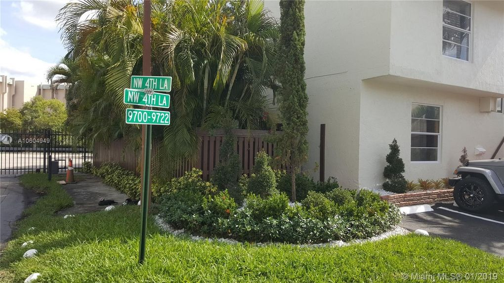 9700 Nw 4th Ln, Miami, FL 33172