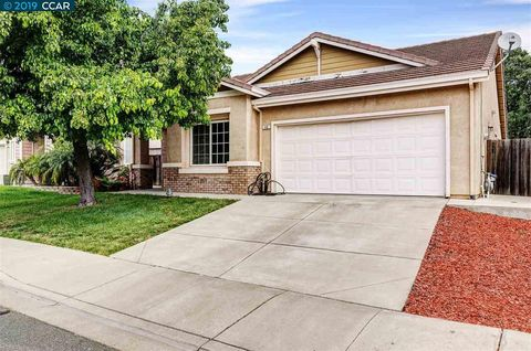 Photo of 40 Gold Crest Ct, Pittsburg, CA 94565