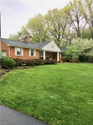 78 Bedford Rd, Lowellville, OH 44436