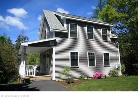 8 Meadow Cove Rd, Boothbay, ME 04544