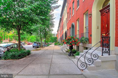 Photo of 1720 Bolton St, Baltimore, MD 21217