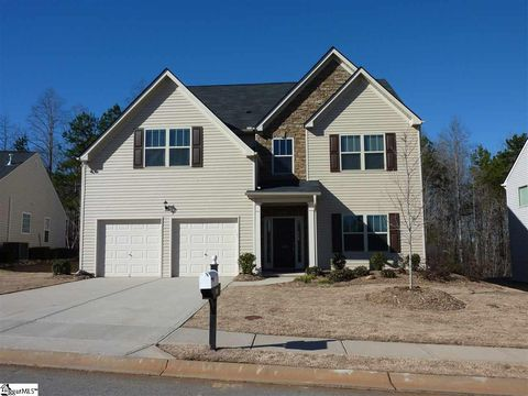 Photo of 109 Lost Lake Dr, Simpsonville, SC 29681